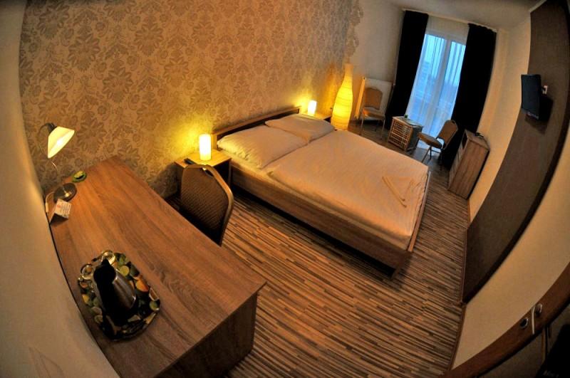 Hotel MODENA #1