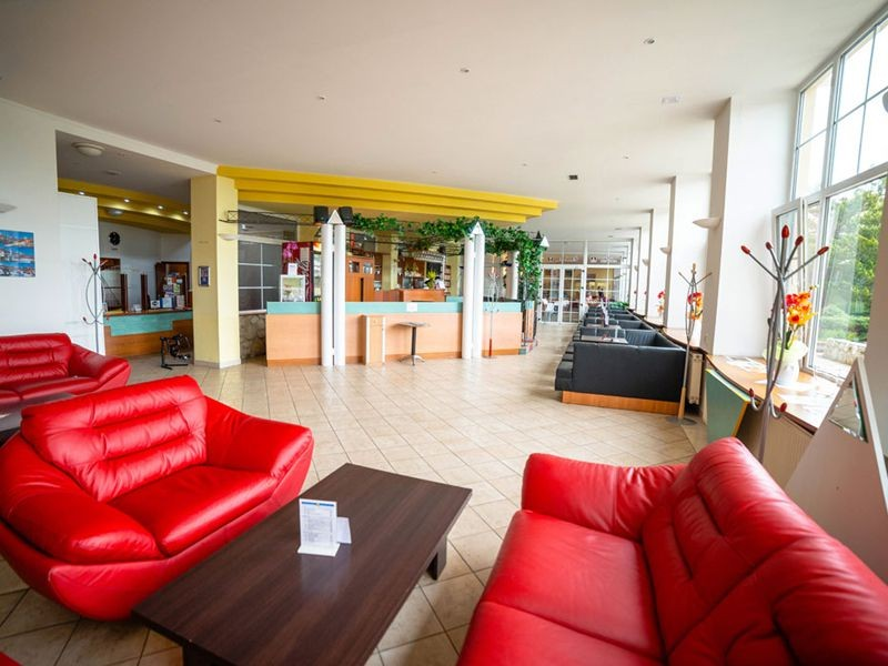 Hotel PALACE #33