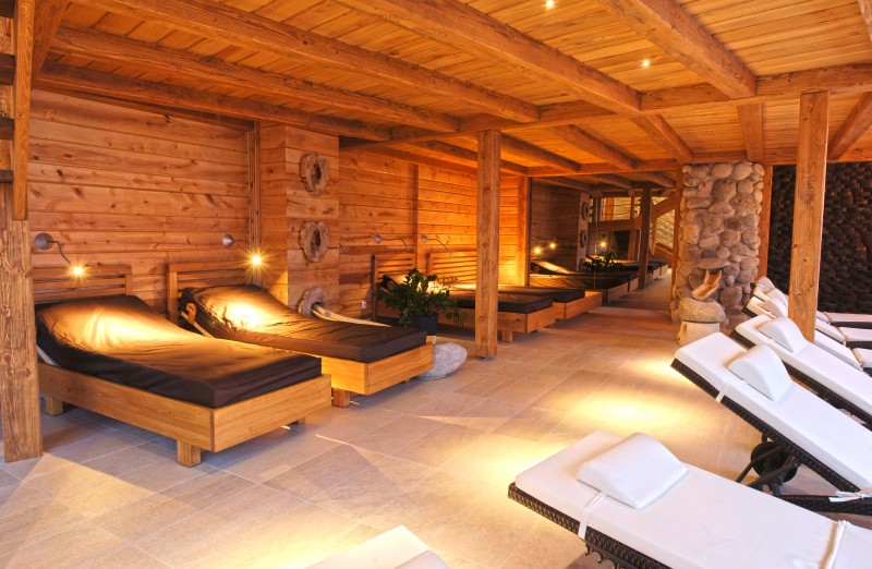 Skiing in the Low Tatras with unlimited wellness #57
