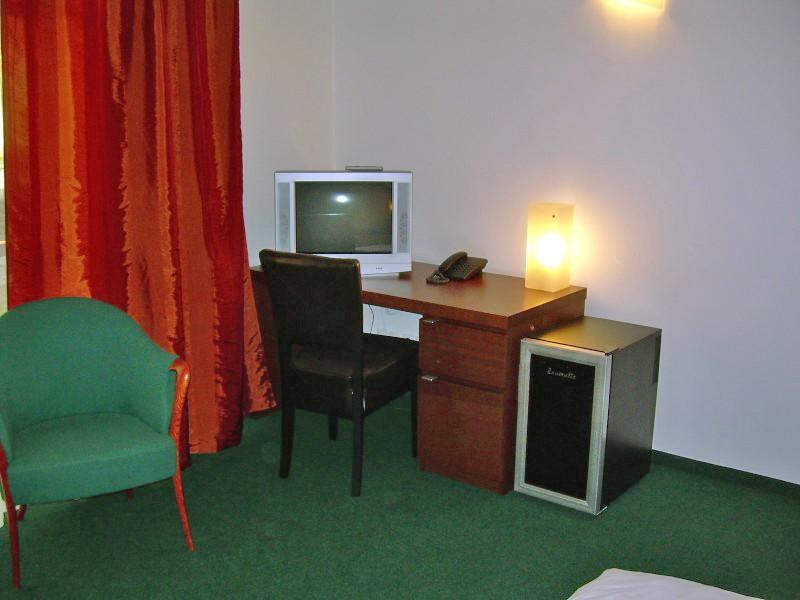 Hotel PREMIER #13
