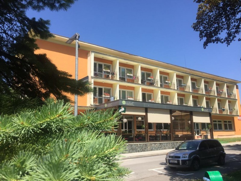 Hotel REZIDENT #1