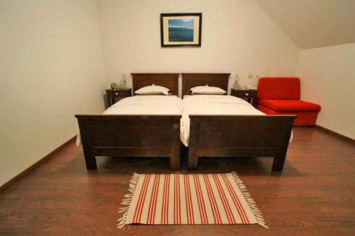 Hotel RENDEZ-VOUS #8