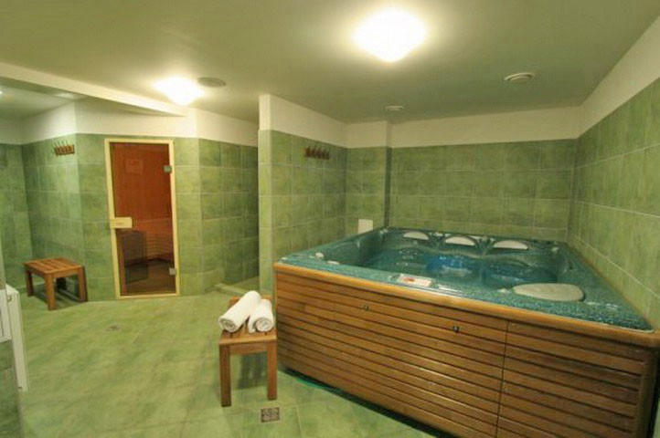 Hotel RENDEZ-VOUS #13