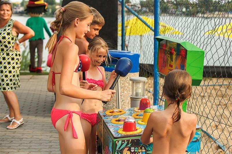 Wellness pobyt s masážou a neobmedzeným vstupom do Aquaparku Senec a SAI Wellness #40