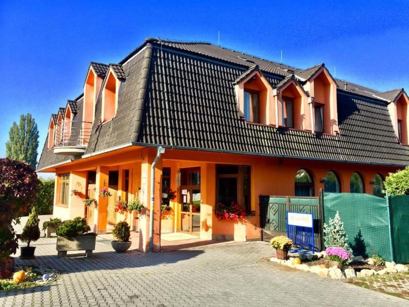 Hotel SENICA #1