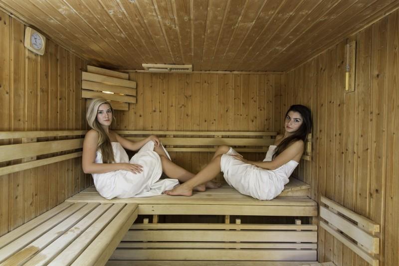Pobyt s procedúrami a vstupom do sauny a vírivky #52