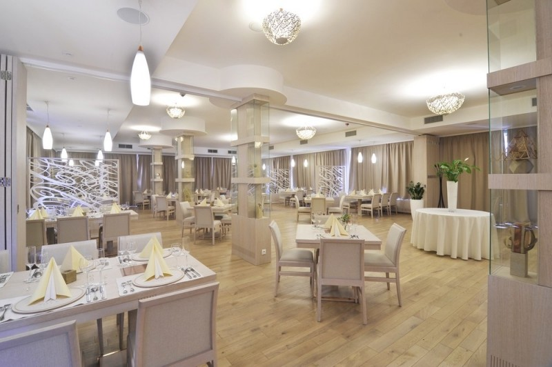 746156675 Hotel Slameny Dom, Malá Ida - Guest houses, Accommodation ...