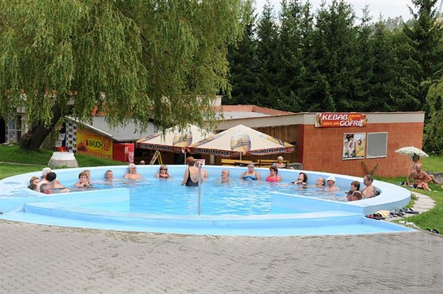 Pobyty MÁJ (leto+jeseň) so vstupom do termálneho bazéna #32