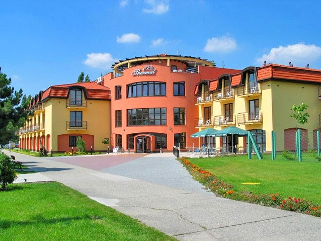 Wellness Hotel THERMAL - Thermal VADAŠ Resort #1