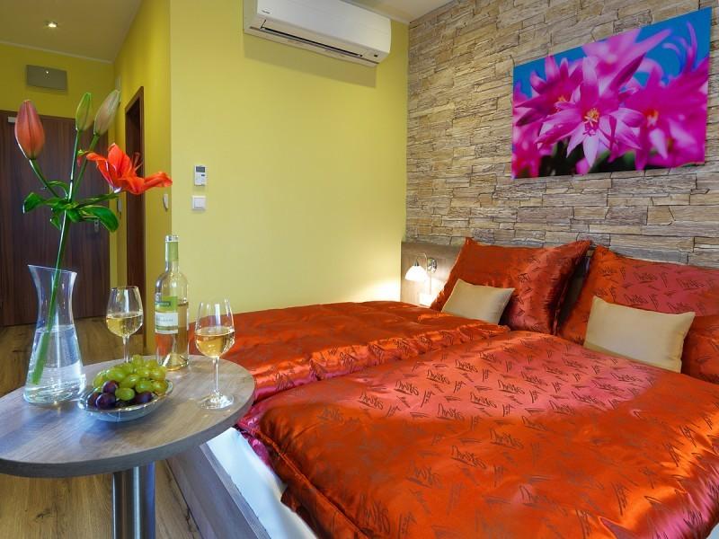 Hotel Viktor #57
