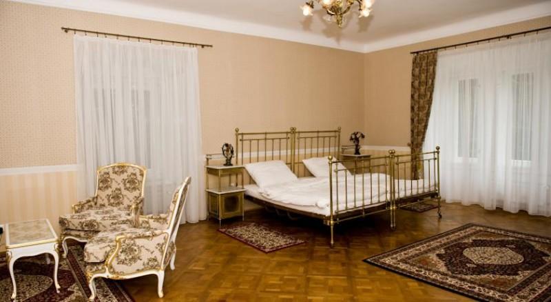 Hotel ZÁMOK Topoľčianky #7