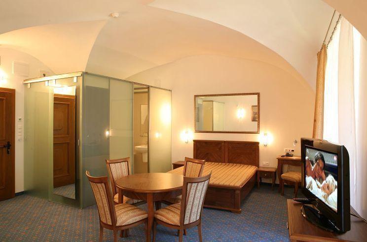 Hotel ZÁMOK Topoľčianky #13