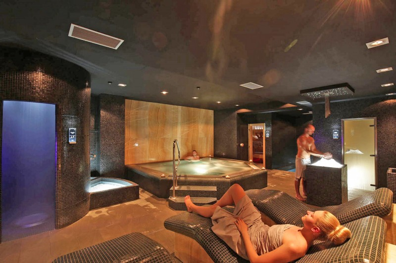DELUXE wellness break with massage for couples  #47