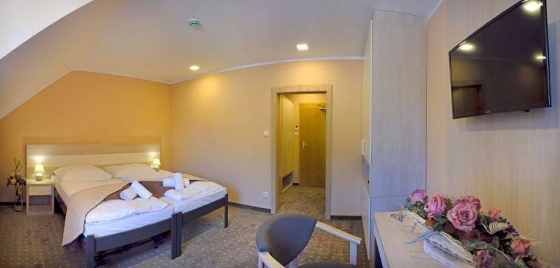 Kúpeľný hotel KUBO #8