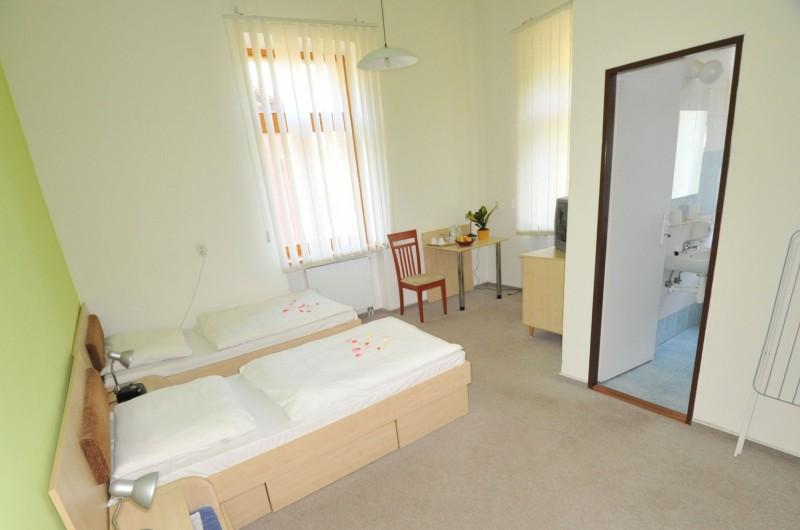 Liečebný dom SLANÁ #3