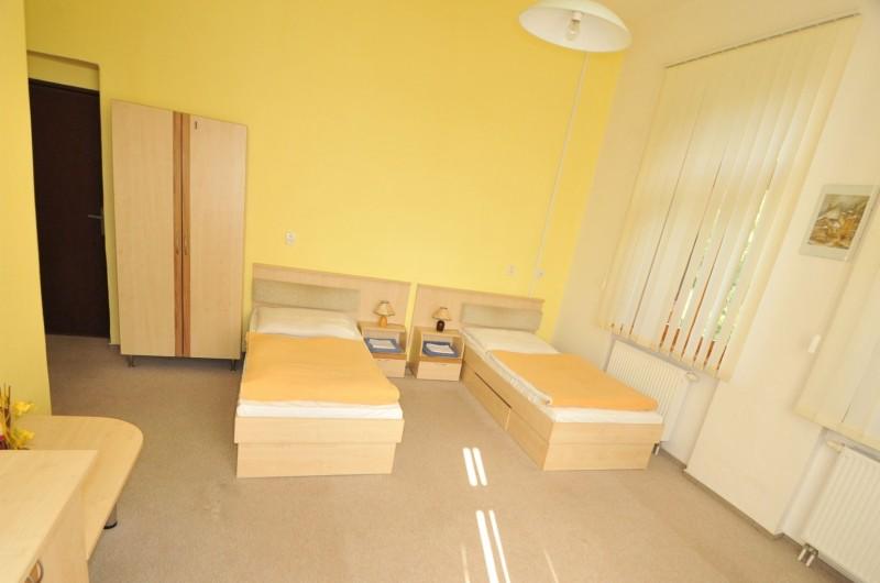Liečebný dom SLANÁ #4
