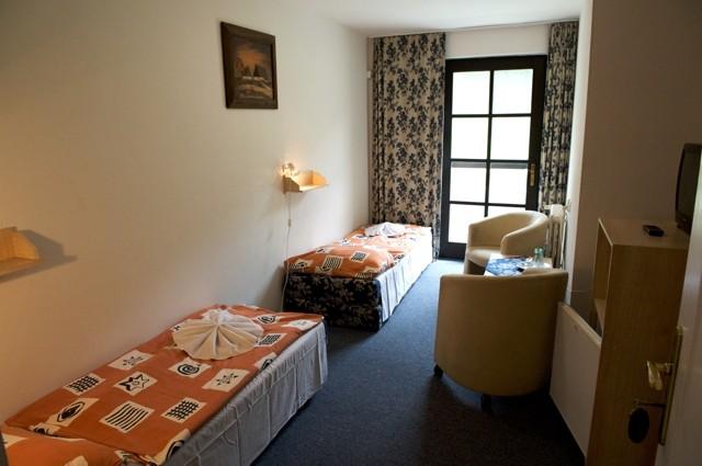 Motel DELTA #4