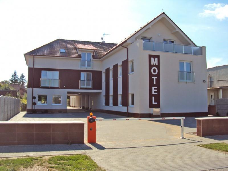 Motel SENEC #1