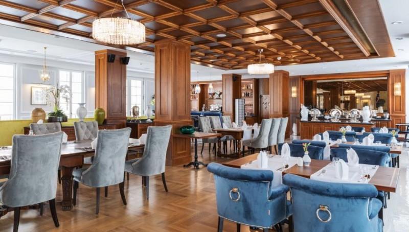 Veľkonočný rodinný wellness pobyt v zámockom hoteli #36