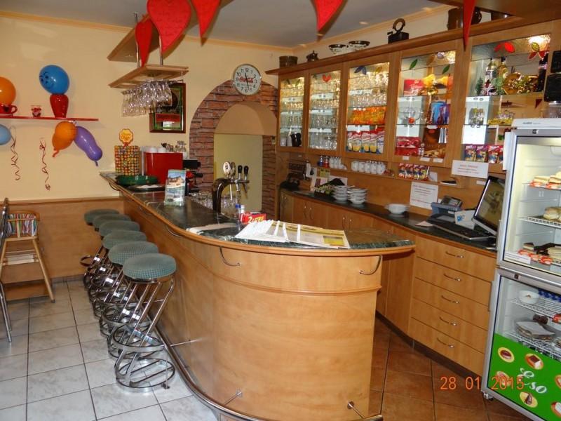 Pizzeria a Penzión ESO #32