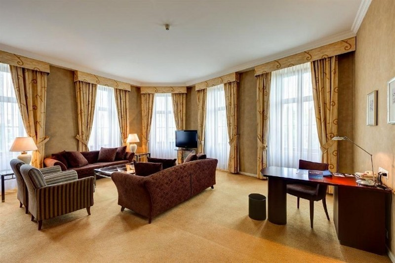 Radisson Blu Carlton Hotel #13