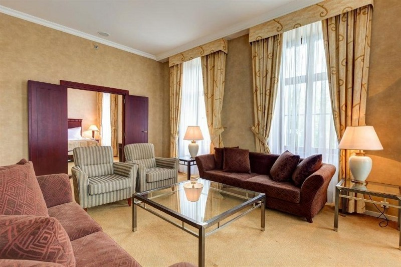 Radisson Blu Carlton Hotel #14
