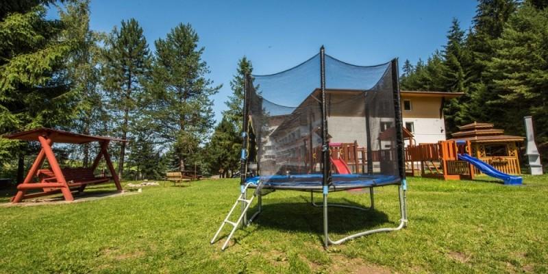 Letný rodinný pobyt v Nízkych Tatrách s bazénom a procedúrami #3