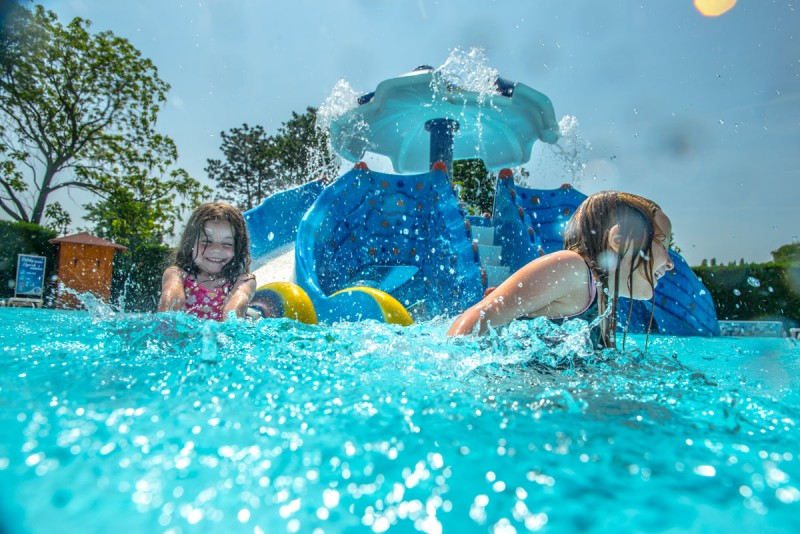 Posezónny pobyt v Thermalparku DS s procedúrami a vstupom do vonkajších a vnútorných bazénov #44