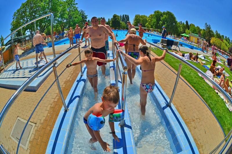 Posezónny pobyt v Thermalparku DS s procedúrami a vstupom do vonkajších a vnútorných bazénov #58