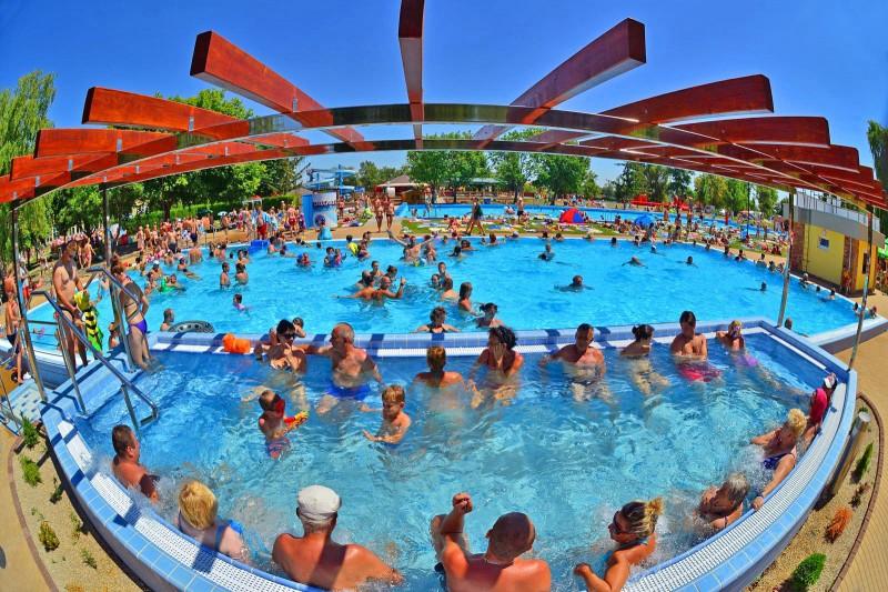 Posezónny pobyt v Thermalparku DS s procedúrami a vstupom do vonkajších a vnútorných bazénov #59