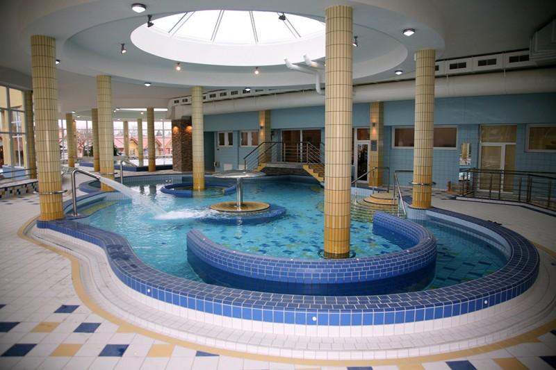 Posezónny pobyt v Thermalparku DS s procedúrami a vstupom do vonkajších a vnútorných bazénov #53