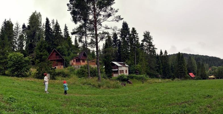 slovensky raj ubytovanie chaty podlesok Villa raj - cenovo výhodné, rodinné ubytovanie v srdci národného parku a cenovo výhodne ubytovanie v obci hrabušice, ktorá je od strediska podlesok.