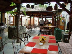 Pension & Restaurant TOLDI Matúškovo