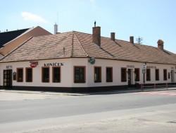 Reštaurácia, Bar KONÍČEK Pezinok