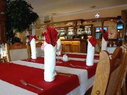 Reštaurácia Hotel - Penzión ZACHEJ Piešťany - Banka