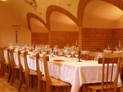 Reštaurácia KOLIBA - kúpalisko Margita-Ilona Kalinčiakovo