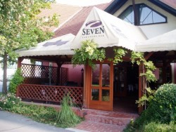 SEVEN bar & restaurant Dunajská Streda
