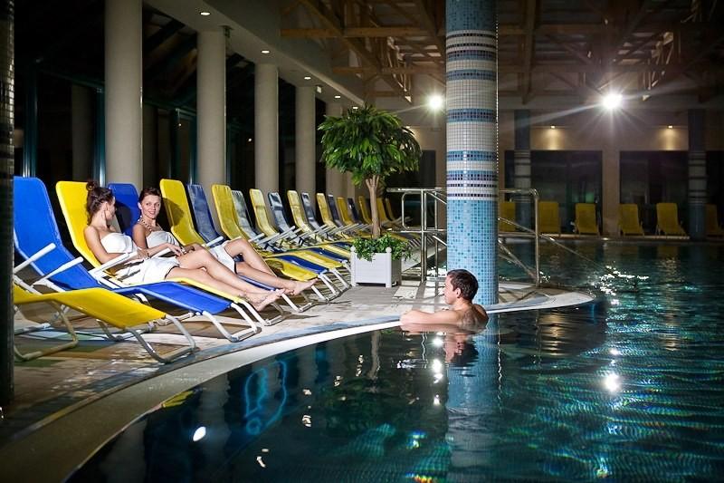 ZĽAVA: Relaxačný pobyt v kúpeľoch s procedúrami a vstupom do wellness #7