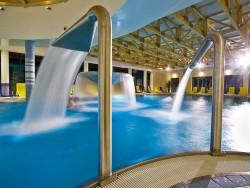 ZĽAVA: Pobyt so vstupom do bazénového sveta, Bardejovské kúpele