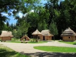 Mittelalterliches Dorf Paseka Strečno