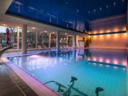 Letný pobyt so vstupom do wellness, bazénom a masážou Dudince