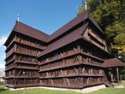 Drewniana architektura sakralna w Łuku Karpackim Bardejov (Bardiów)