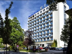 Hotel Magnólia - Medical & Rehamed Centrum Piešťany (Pöstyén)