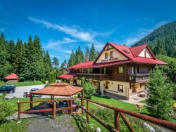 Autumn stay in Low Tatras during the week with procedures, 2nd person free! Liptovský Ján