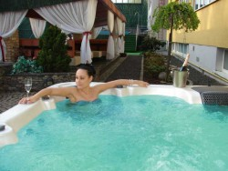 Summer stay with unlimited access to wellness and half board Dunajská Streda