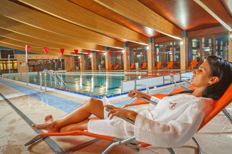 Wellness pobyt s termálnymi bazénmi a masážou #2