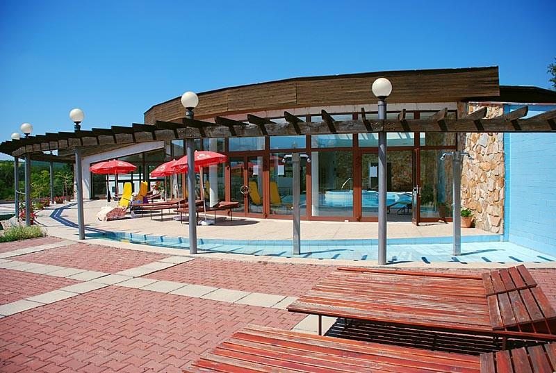 Víkendový pobyt s bazénom a masážou #5