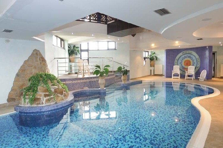 Spring stay in the High Tatras with swimming pool and saunas #1