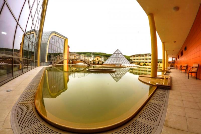 Jesenný a zimný pobyt na 5 nocí v Borinke na termálnom kúpalisku v Podhájskej #1