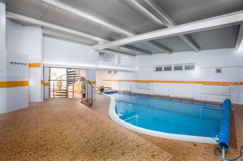 Krátky relaxačný pobyt s masážou v Tatranských kúpeľoch #2